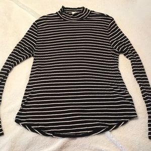 Cowl neck black and white stripe long sleeve